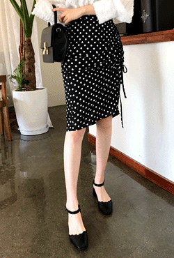 Dotted Ruche Trim H-Line Skirt